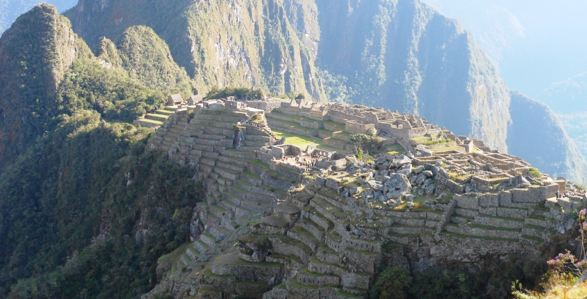 SUNRISE OVER MACHU PICCHU. PERU